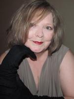Author Nia Farrell 300dpi